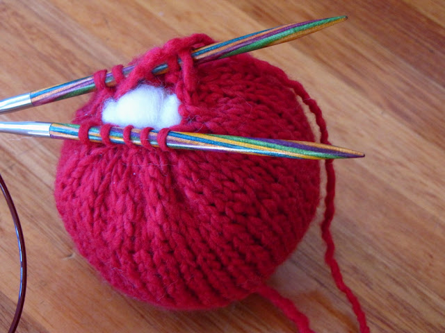 How To Increase Stitches When Knitting In The Round : Apple Knitting Pattern Tutorial - Natural Suburbia