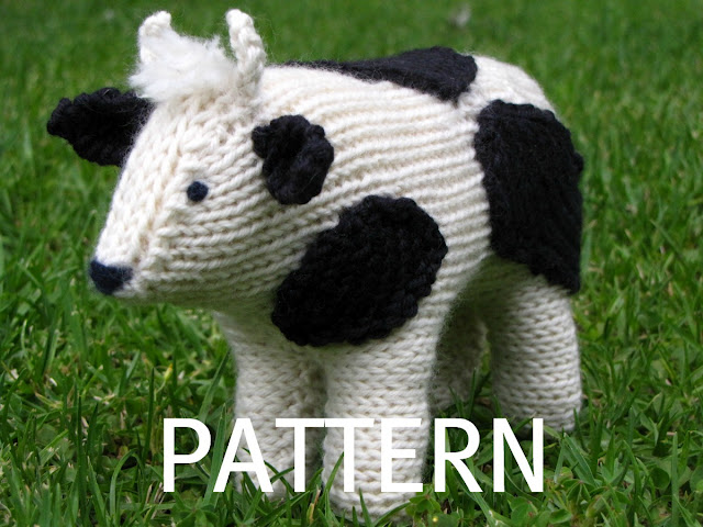 Cow Knitting Pattern : Clover, the Farmyard Cow Knitting Pattern & Giveaway - Natural Suburbia