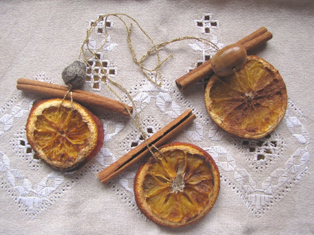 Fragrant Dried Citrus and Cinnamon Stick Ornaments