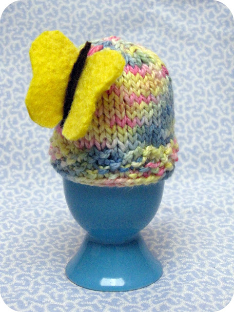 Easter Egg Cosy Knitting Pattern : Knitted Easter Egg Cozy Pattern / Tutorial - Natural Suburbia