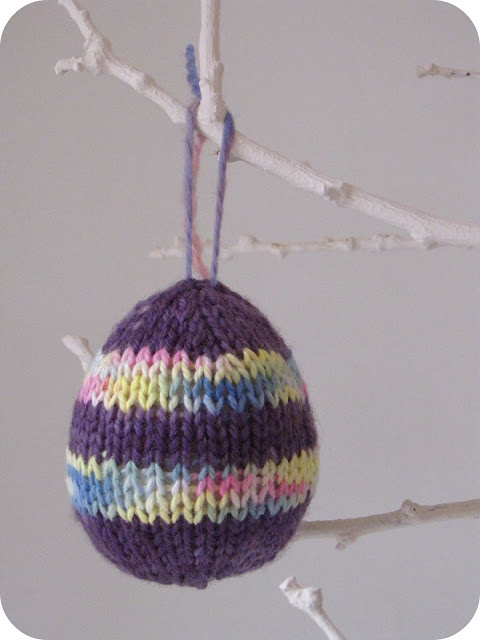 Knitting Easter Eggs : Easter and spring knitting patterns tutorials from this