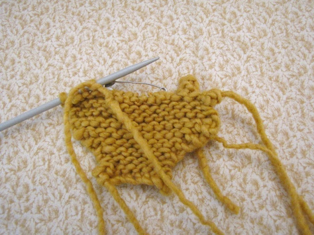 Knitting Stitches Turn : Maple Leaf Knitting Pattern - Natural Suburbia