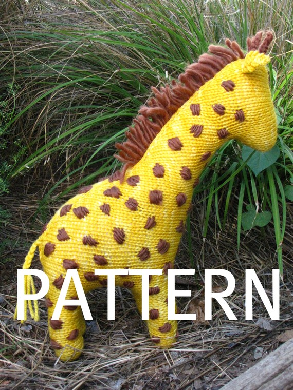 Giraffe Toy  Knitting Pattern (PDF)