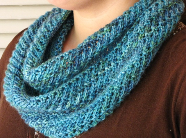 Free Knitting Patterns Dk Cowl : The Forest Glade Cowl Pattern - Natural Suburbia