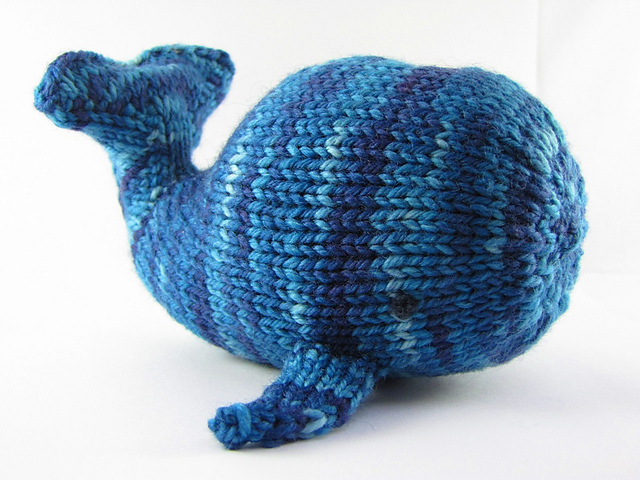 Creative Knitting Free Patterns : Creative friday and a free willa whale pattern natural