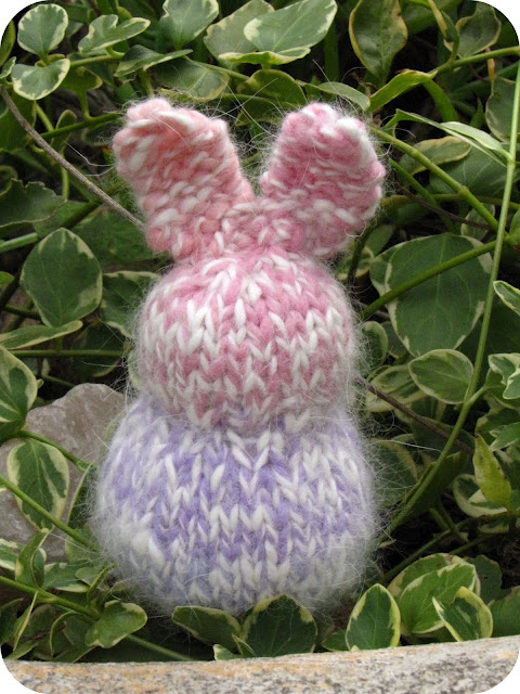 Easter Rabbit Knitting Pattern
