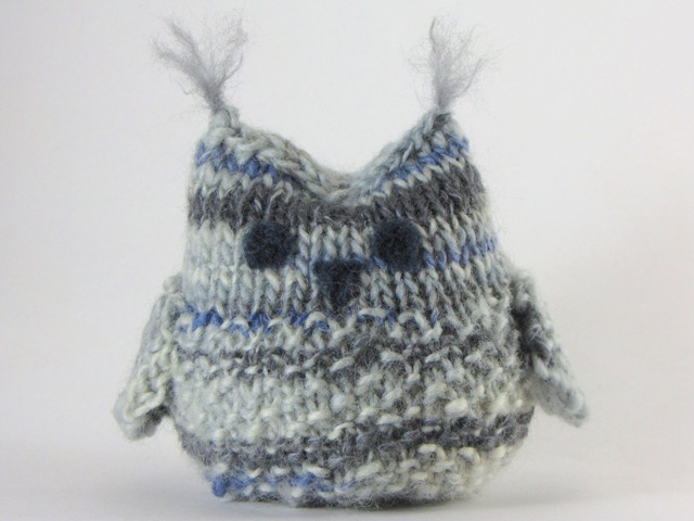 Free Knitting Pattern For Owl Sweater : Eulen gestrickt und gehakelt - schoenstricken.de